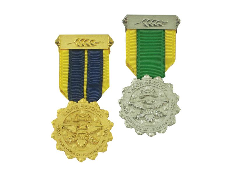 Medalla Empresarial 03